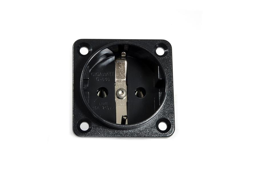 Gigawatt Built-in Schuko G-040 - Norman Audio